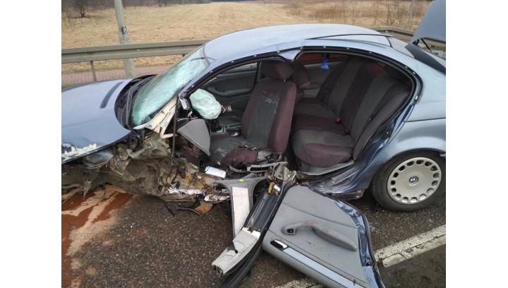 Nietrzeźwa kierująca staranowała dwa samochody